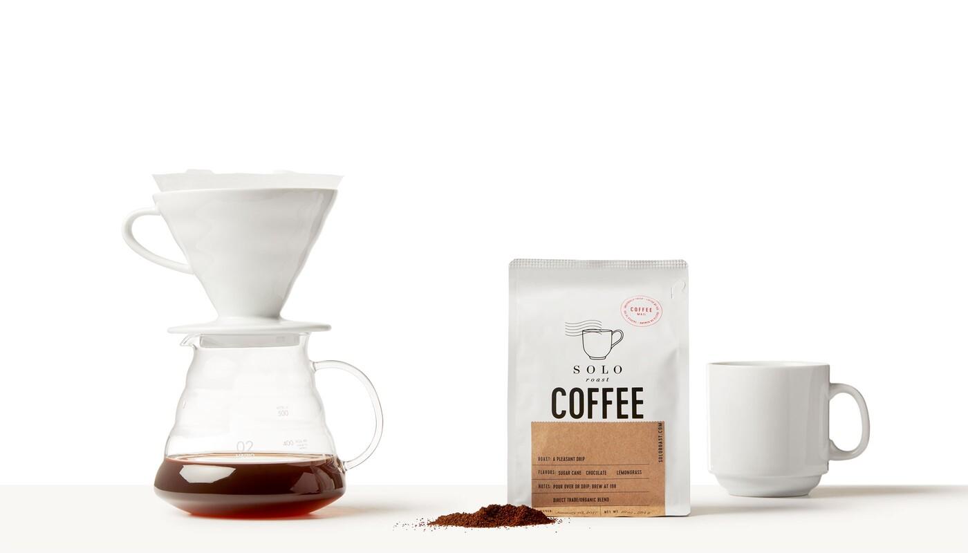 Solo roast coffee branding packaging design12