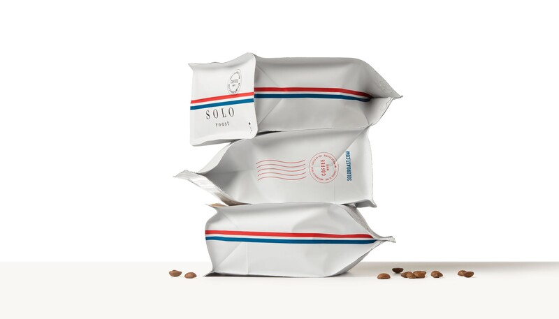 Solo roast coffee branding packaging design18